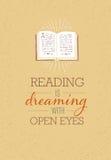 Lesung träumt mit wachsamen Augen Motivations-Zitat-Plakat mit geöffneter Buchillustration auf Rusty Background Stockfotografie