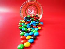 Letmangent du chocolat Photographie stock libre de droits