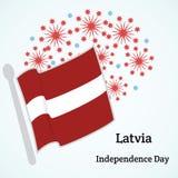 letland De achtergrond van de onafhankelijkheid Day Vectorillustratie met vlag en brand Stock Foto