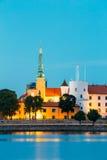 letland Het kasteel van Riga Oriëntatiepunt, President Residence op Dijk stock fotografie