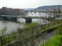 从Letnà ¡,布拉格,捷克共和国的布拉格桥梁 免版税图库摄影