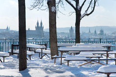 Letna公园,在老镇区,布拉格(联合国科教文组织)的看法,捷克语关于 库存图片