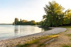 Letni dzień jeziorem Fotografia Stock