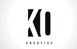 Letra blanca Logo Design del knock-out K O con la casilla negra ilustración del vector