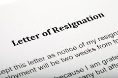 Letra de la dimisión Imagenes de archivo