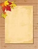 Letra de papel velha no fundo de madeira Fotos de Stock