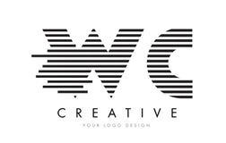 Letra Logo Design de la cebra del WC W C con las rayas blancos y negros Fotos de archivo
