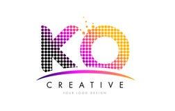 Letra Logo Design del knock-out K O con los puntos magentas y Swoosh ilustración del vector