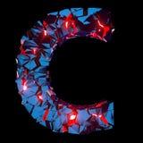 Letra luminosa C composta de formas poligonais abstratas imagem de stock royalty free