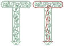 Letra T do labirinto Fotografia de Stock Royalty Free