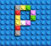 Letras coloridas P del alfabeto de ladrillos del lego del edificio en fondo azul del ladrillo del lego fondo azul del lego 3d let stock de ilustración