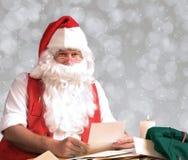 Letras da leitura de Santa Claus Foto de Stock