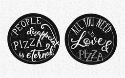 Letras de la cita en la pizza Imagenes de archivo