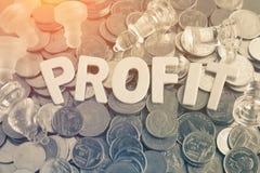 Letras de madeira do close up da palavra do lucro Imagens de Stock Royalty Free