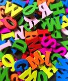 letras de madera coloridas del alfabeto inglés Imágenes de archivo libres de regalías