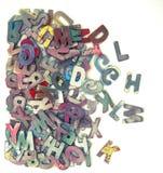 Letras de madera del ABC en una caja Imagen de archivo