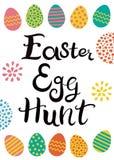 Letras dibujadas mano Caza del huevo de Pascua Huevos de Pascua con los ornamentos exhaustos de diversa mano ilustración del vector