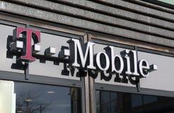 Letras do móbil de T Fotografia de Stock