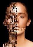 Letras hermosas del concepto del skincare del retrato de la mujer foto de archivo