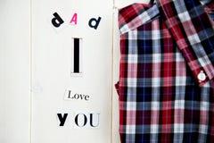 Letras y camisa del papá te amo Imagen de archivo libre de regalías