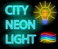 Letrero de la luz de neón de la ciudad De lámpara de neón Brickwall como fondo stock de ilustración