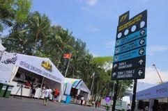 Letrero magnífico y mercancía de F1 Singapur Prix Foto de archivo libre de regalías