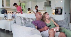 Lets considera cuál está en la televisión almacen de video