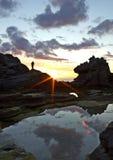 Lettende op mooie zonsondergang Royalty-vrije Stock Fotografie