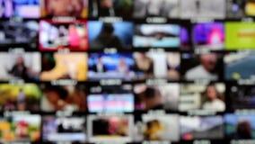 Lettende op veelvoudige kanalen stock footage