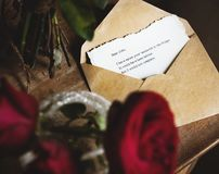 Letter Envelope Note Message with Roses Flower Royalty Free Stock Photos