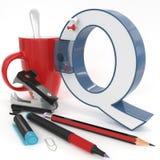 Lettera del ` 3d del ` Q con la roba dell'ufficio Immagine Stock Libera da Diritti