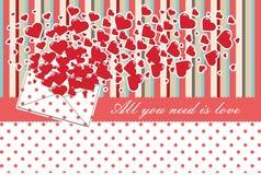 Lettera di amore con i biglietti di S. Valentino dei cuori. DES dei biglietti di S. Valentino Immagini Stock Libere da Diritti