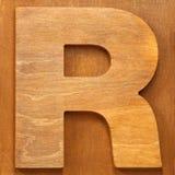 Lettera di legno R fotografia stock