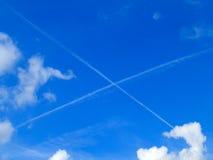 Lettera X nel cielo Fotografia Stock Libera da Diritti