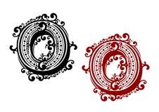 Lettera O con i retro elementi dell'ornamento Immagini Stock