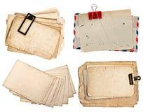 Lettere d'annata e cartoline isolate su bianco Immagini Stock