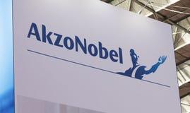 Lettere di Akzo Nobel ad un expostio Immagini Stock Libere da Diritti