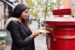 Lettere di invio fotografia stock libera da diritti