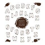 Lettere tirate dell'alfabeto inglese e macchie delle macchie Immagini Stock