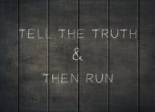 Скажите letterpress целостности уважения честности бега правды стоковая фотография rf