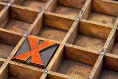 Letterpress abstrakt - drewniany typ list X Zdjęcia Royalty Free