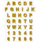 Letters en getallen 3D gouden geïsoleerd op wit met schaduw - of Stock Fotografie