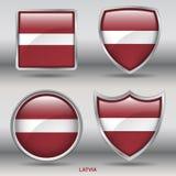 Lettland-Flagge in der Sammlung mit 4 Formen mit Beschneidungspfad Stockbild