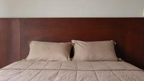 Letto in hotel archivi video