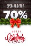Lettrage de Joyeux Noël Vente de vacances 70 pour cent  Nombres de neige sur le fond en bois avec la guirlande de sapin et l'arc  illustration libre de droits