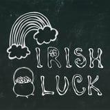 Lettrage irlandais de chance de fond noir de tableau illustration libre de droits