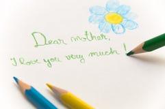 Lettre à la mère avec des retraits Photo stock