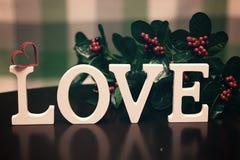 Lettre des textes de forme d'amour Images stock