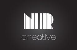 Lettre Logo Design With White de NR N R et lignes noires Photographie stock libre de droits