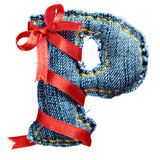 Lettre magique d'alphabet de jeans de vacances avec le ruban rouge Photographie stock libre de droits